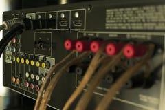 Conectores audios en el receptor del sistema audio fotografía de archivo libre de regalías