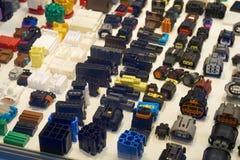 Conectores bondes automotivos fotos de stock