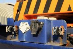 Conectores bondes do caminhão de reboque foto de stock