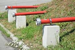 Conectores da tubulação da boca de incêndio de fogo foto de stock