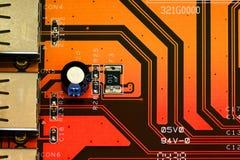 Conectores del USB en una placa de circuito impresa Imagenes de archivo