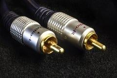 Conectores dorados del audio RCA imagenes de archivo
