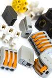 Conectores novos e mais velhos para as instalações elétricas Fotos de Stock Royalty Free