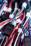 Conectores y conexiones de cable electrónicos Fotos de archivo libres de regalías
