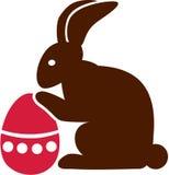 Conejito con el huevo de Pascua Imagenes de archivo