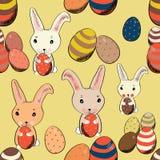 Conejito de pascua lindo con los huevos coloreados en modelo inconsútil del estilo del vintage Ejemplo del vector en fondo amaril Foto de archivo libre de regalías