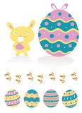 Conejito de pascua y huevos de Pascua Fotos de archivo