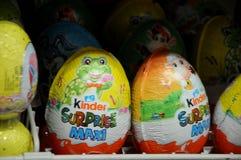 Conejitos de pascua y huevos de Pascua Imagen de archivo
