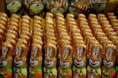 Conejitos de pascua y huevos de Pascua Fotografía de archivo libre de regalías