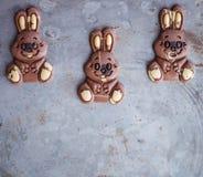 Conejitos del chocolate para Pascua Fotos de archivo
