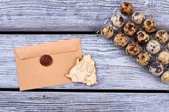 Conejitos sellados de la letra y de la madera contrachapada Fotos de archivo libres de regalías