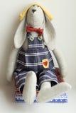 Conejo del animal relleno - juguete Fotos de archivo