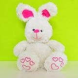 Conejo del juguete de la felpa imagenes de archivo