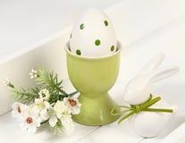 Conejo y huevo Foto de archivo libre de regalías