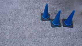 Cones azuis do tráfego Foto de Stock Royalty Free