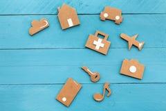 Ícones da Web do cartão no fundo azul Imagens de Stock