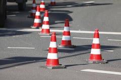Cones de inclinação do tráfego Foto de Stock Royalty Free
