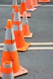 Cones do tráfego que obstruem a rua Imagens de Stock Royalty Free