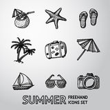 Ícones a mão livre monocromáticos das férias de verão ajustados Imagens de Stock