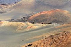 Cones vulcânicos coloridos Fotografia de Stock Royalty Free