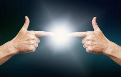 Conexão de duas mãos Imagem de Stock Royalty Free