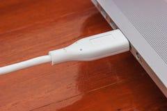 Conexão do cabo de USB Fotos de Stock