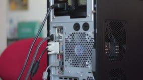 Conexión de muchos cables con el ordenador almacen de video