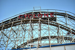 Coney Island-Achterbahn im Winter Stockfotografie