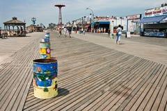 Coney Island snack shops along the boardwalk royalty free stock photos