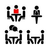 Conférence d'icône Les gens s'asseyant autour de parler de table Photographie stock