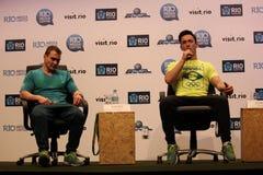 Conférence de presse brésilienne de gagnants de la médaille de gymnastes Images libres de droits