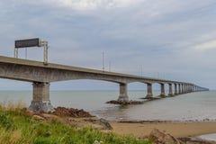 Confederation Bridge linking Prince Edward Island with mainland Royalty Free Stock Photos