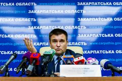 Conferência de imprensa pelo Ministro dos Negócios Estrangeiros ucraniano Pavel Klimkin dentro Imagens de Stock