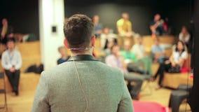 Conferencia de asunto almacen de video