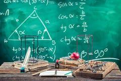 Conferencia de la trigonometría en escuela foto de archivo