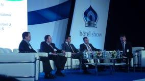 Conferentie partecipants en besprekingsmoderator Royalty-vrije Stock Afbeelding