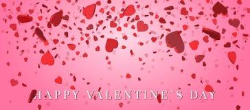 Confetes do coração das pétalas dos Valentim que caem no fundo cor-de-rosa Floresça a pétala na forma de confetes do coração para Imagens de Stock Royalty Free
