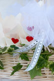 Confetes vermelhos para o casamento Fotos de Stock Royalty Free