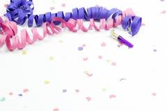 Confeti, flámulas y ventilador del partido Foto de archivo