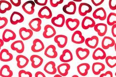 Confetti сердец декоративной картины дня ` s валентинки красный изолированный на белой предпосылке Стоковые Изображения RF