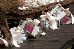 Confetti e presente Imagem de Stock