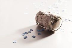 Confettien met champagnecork Royalty-vrije Stock Afbeelding