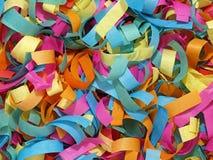 Confettis colorés. Photo libre de droits