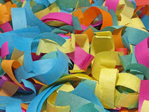 Confettis colorés. Fond. Images libres de droits