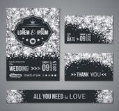 Confettis d'argent d'invitation de mariage et fond noir illustration libre de droits
