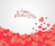 Confettis rouges de coeurs sur le fond blanc Photos libres de droits