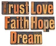 Confianza, amor, fe, esperanza y sueño foto de archivo