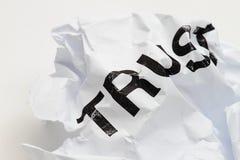 Confianza arrugada Imagenes de archivo