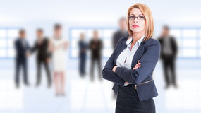 Confident business woman with arms crossed Royalty Free Stock Image