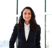 Confident businesswoman with folded arms Royalty Free Stock Photos